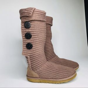 Ugg's soft knitted side button fasteners size: 7